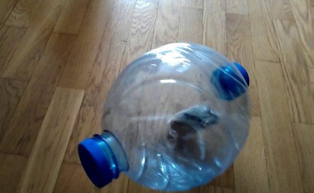 Прогулочный шар из бутыли