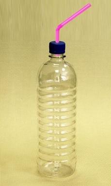 Поилка из пластиковой бутылки для морской свинки